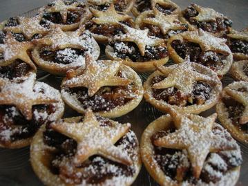 Traditional fruit mince tarts