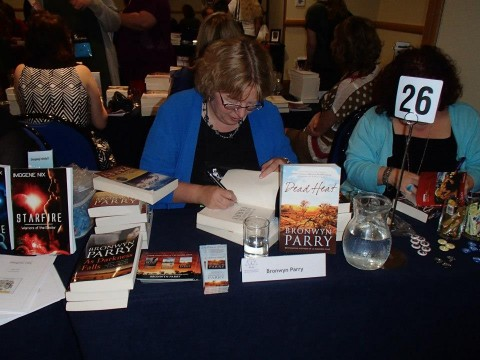 Bronwyn Parry signing books at ARRC2013